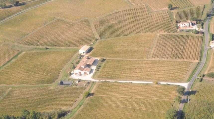 Chateau Ferrasse, vue aérienne